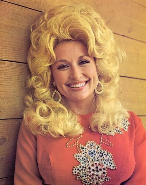 dolly-parton-before-plastic-surgery
